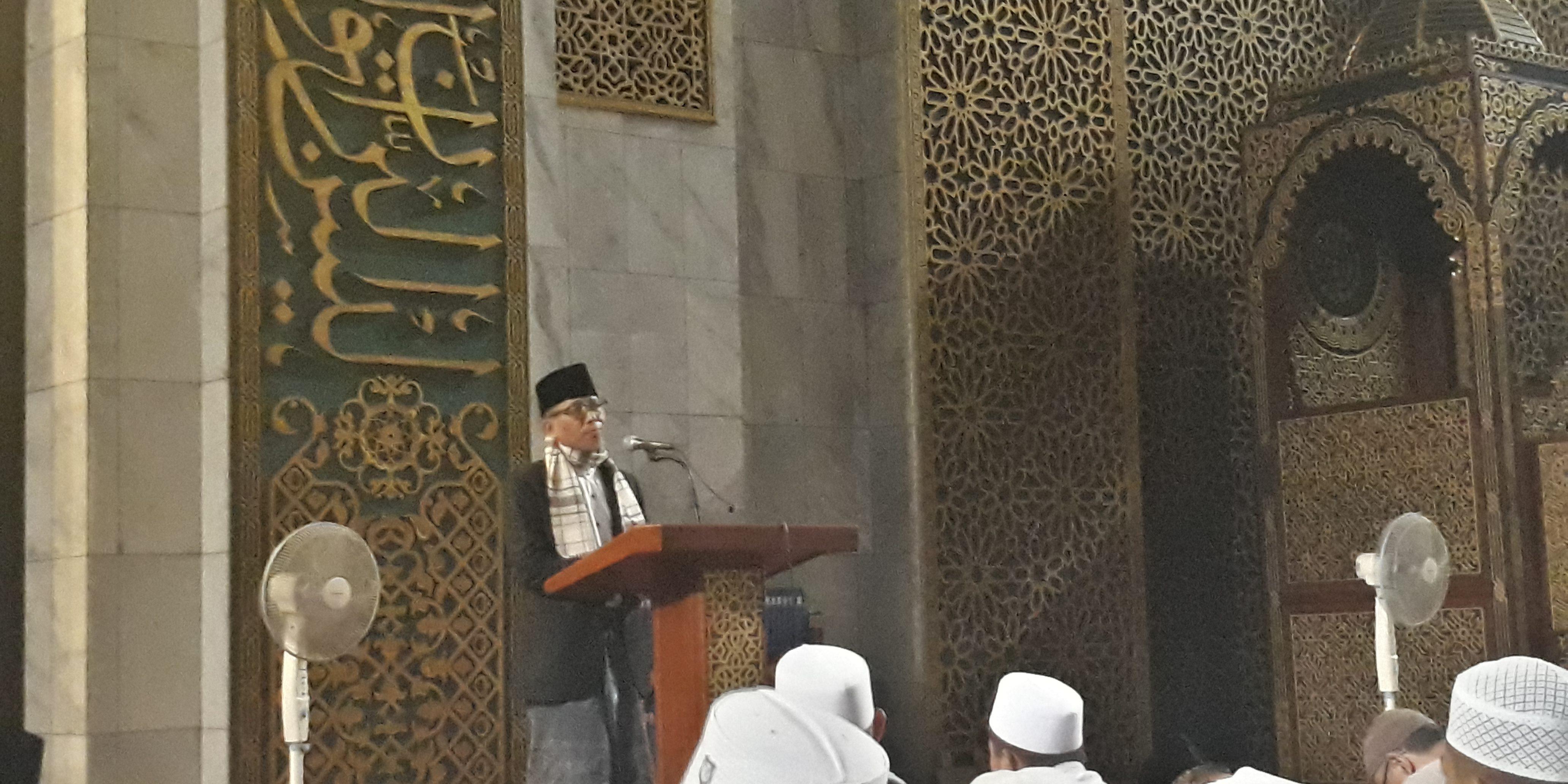 Prof Ali Aziz: Wudhu Menghilangkan Kotoran Hati - Masjid ...